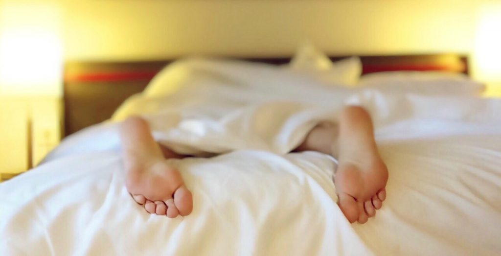 get a good night's sleep bed feet